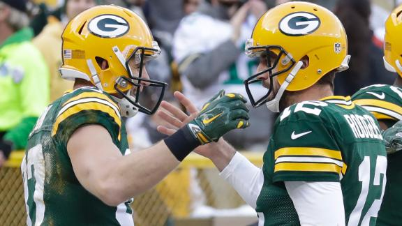 Rodgers, Nelson set team TD record in win over Vikings