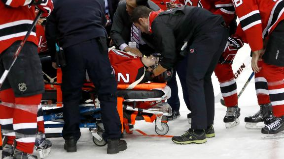 Devils' Moore stretchered off ice vs. Capitals