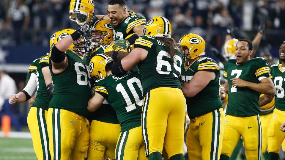 Packers upset Cowboys on FG at the buzzer