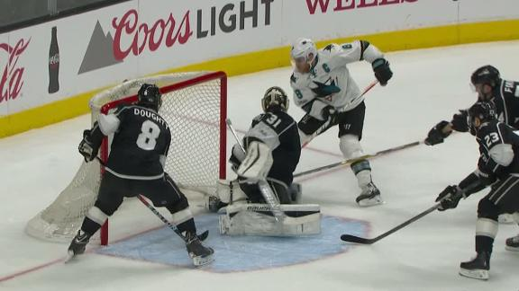 Pavelski scores on power play in Sharks' win