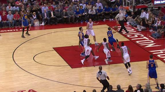 Curry burns the Rockets defense for a layup