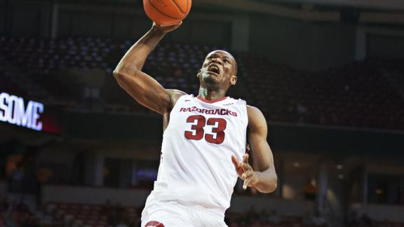 Kingsley scores 24 to pace Arkansas past LSU