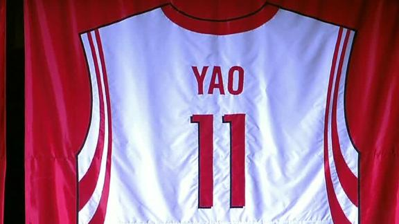Rockets celebrate Yao Ming as Hall of Famer's No. 11 ...