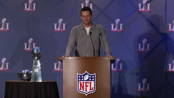 Brady calls missing jersey 'unfortunate'