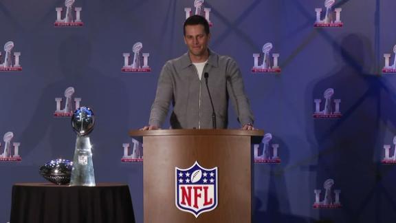 Brady calls missing jersey 'unfortunate'