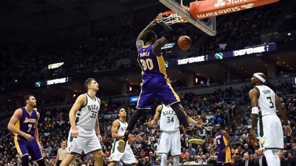 Lakers spoil Greek Freak's big night