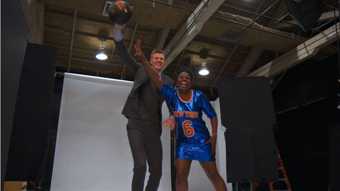 Leslie Jones schools Kristaps Porzingis on how to fix the Knicks