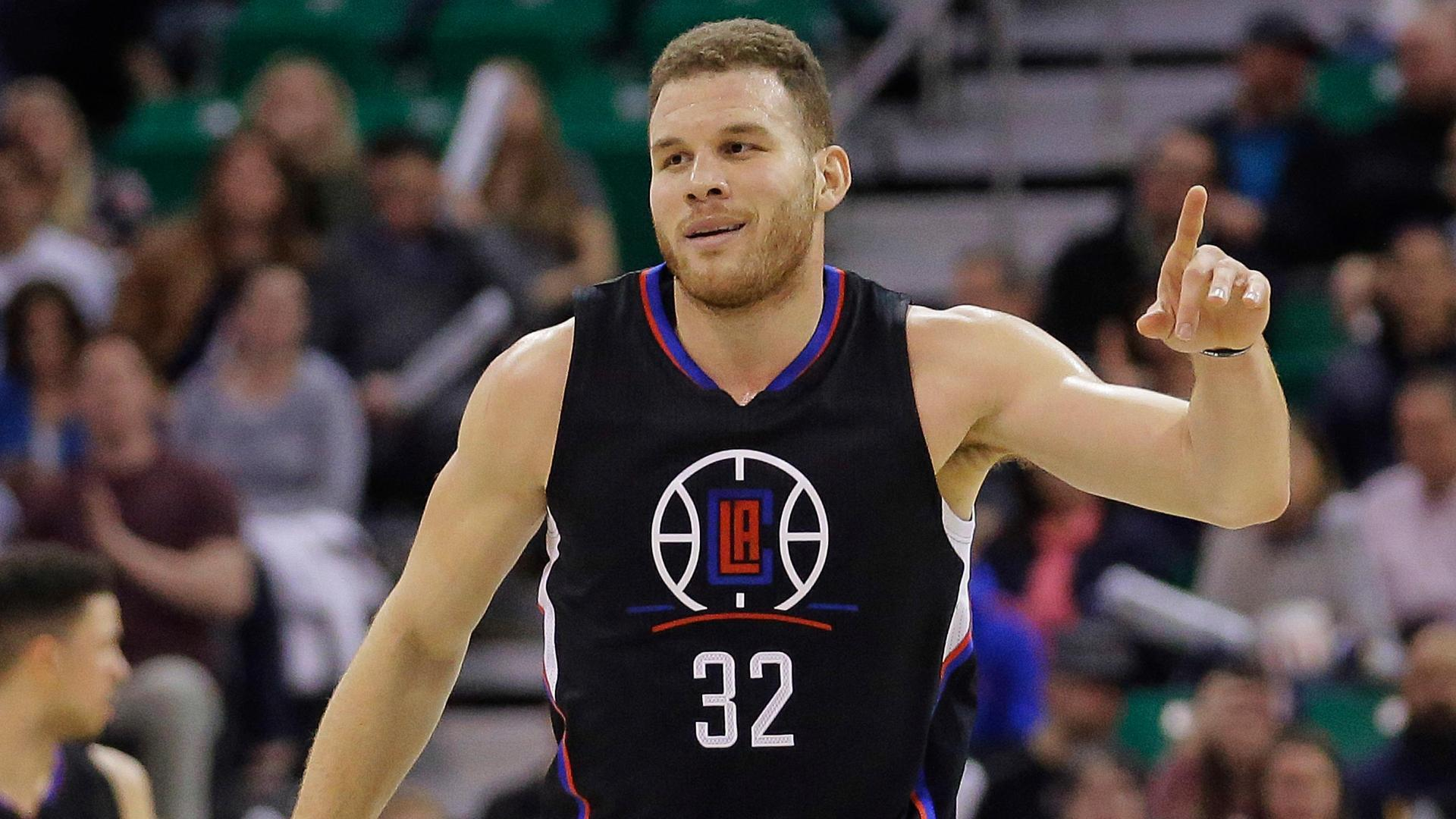 Clippers rout Jazz behind Griffin's double-double