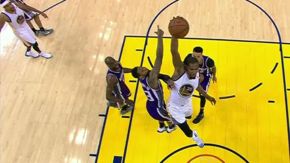 Durant raises roof after huge slam in win