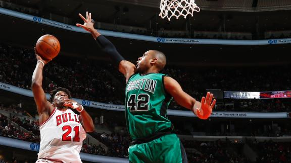 Late controversy as Bulls beat Boston