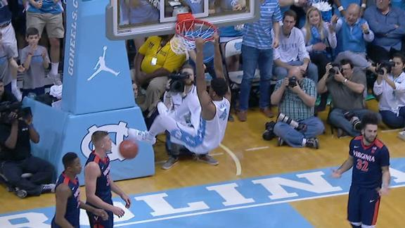 Hicks' monster dunk has UNC rolling