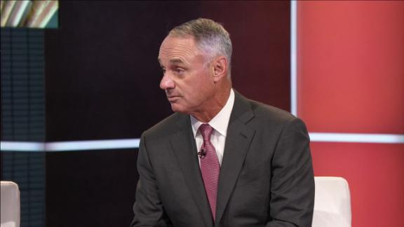 Manfred wants dialogue with players on rule changes