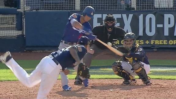 Dodgers top prospect hits an absolute moonshot in win