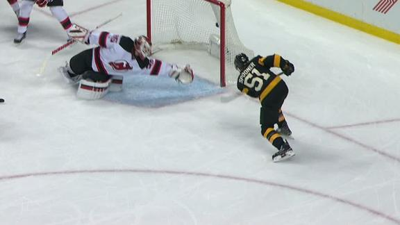 Stafford sets up Spooner for Bruins' go-ahead goal