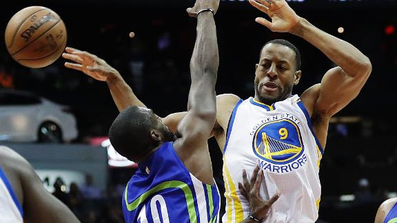 Warriors finish road trip with win over Hawks