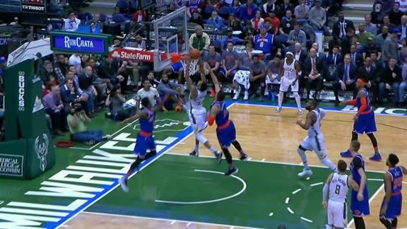 Greek Freak keeps dunking on the Knicks