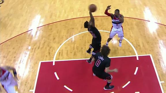 Wall's 20th assist finds Gortat