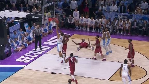 Meeks' tip-in helps UNC survive Arkansas' upset bid