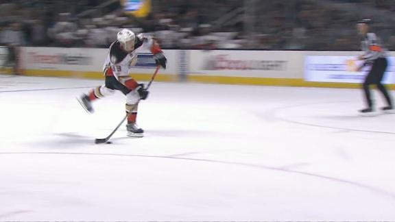 Eaves, Silfverberg score in Ducks' victory