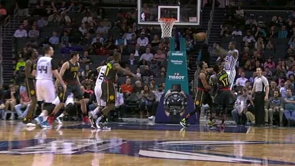 Williams' touch-pass finds Weber for hoop and-1