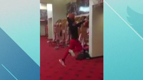 Chiefs kicker believes he can dunk