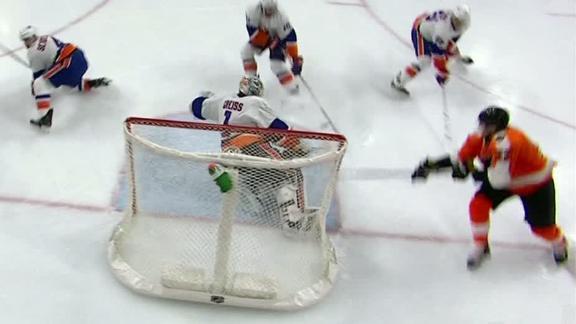 Weise tallies a Gordie Howe hat trick in Flyers' win