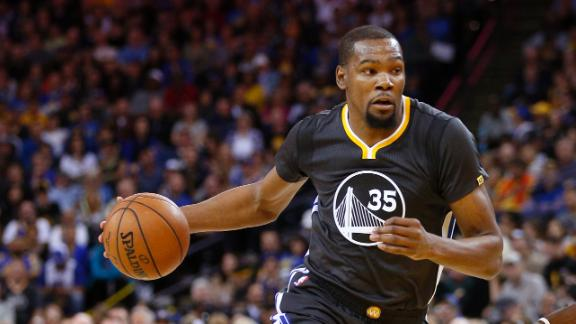 Durant makes return, Warriors roll