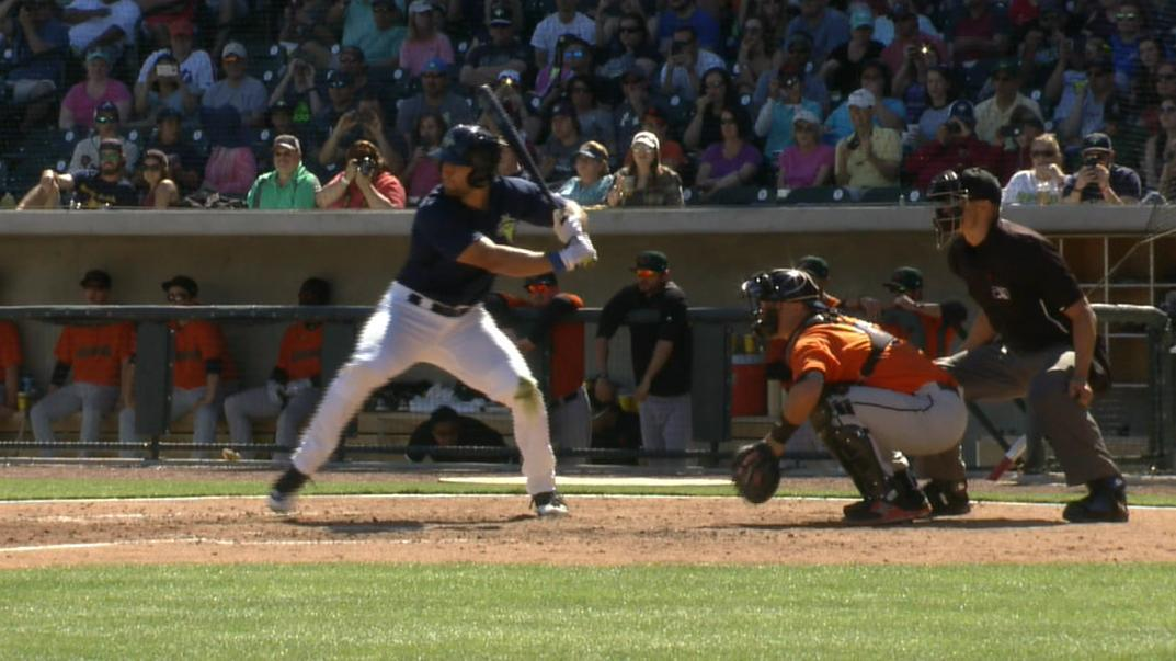 Tebow bashes another home run