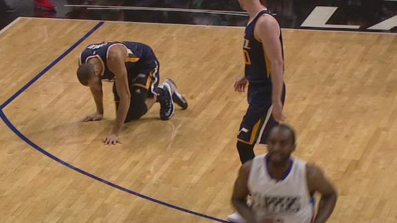 Gobert exits game after hyperextending knee