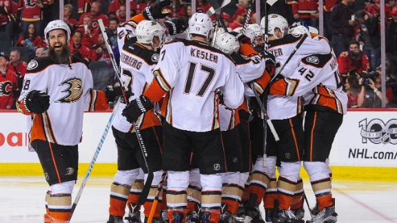 Ducks complete comeback with Perry's OT winner