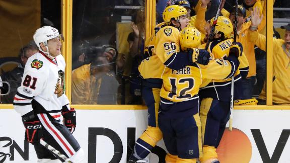 Predators comeback pushes Blackhawks to the brink