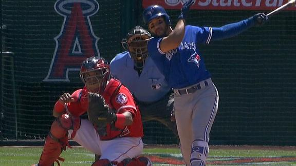 Travis' 8th inning homer gets Blue Jays the win