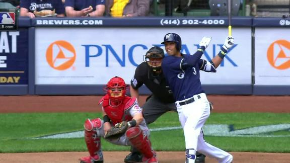 Arcia drills a two-run shot to right