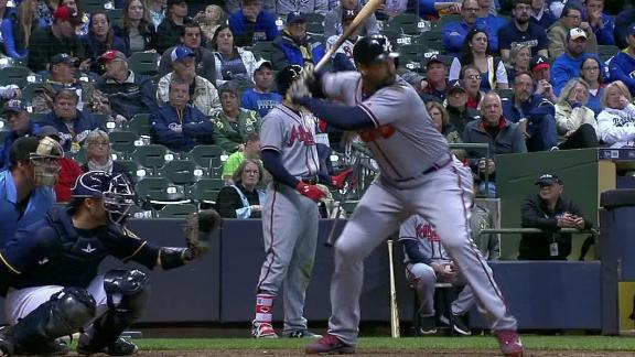 Kemp crushes three home runs