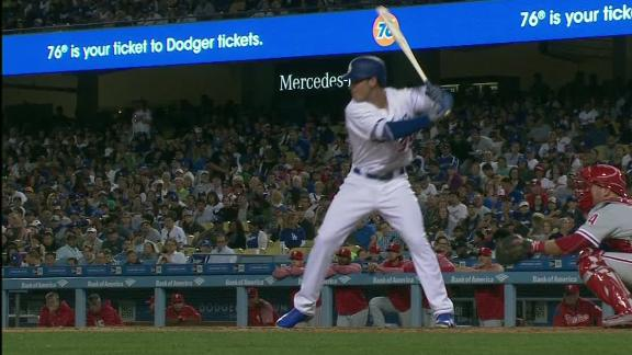 Bellinger hits first career homer