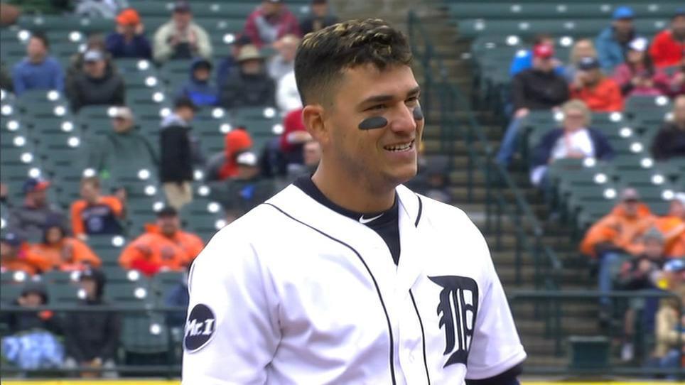 Iglesias' 3 RBI power Tigers to win