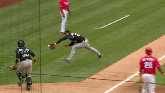 Arenado's amazing catch foils sac bunt