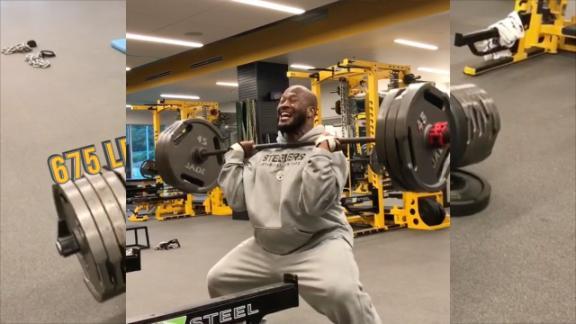 James Harrison can lift an insane amount of weight