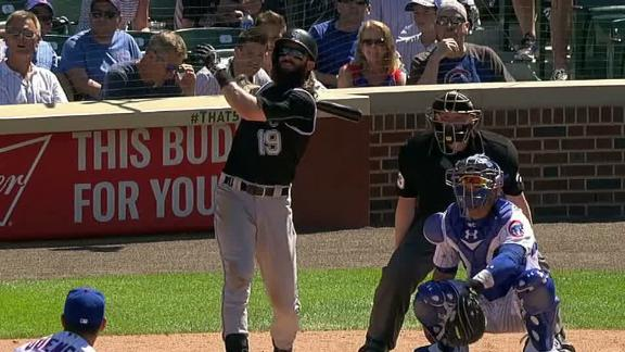 Blackmon sends it to Sheffield Ave. with big HR