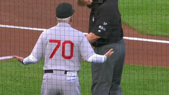 Maddon ejected after Rizzo's leadoff HR ruled foul