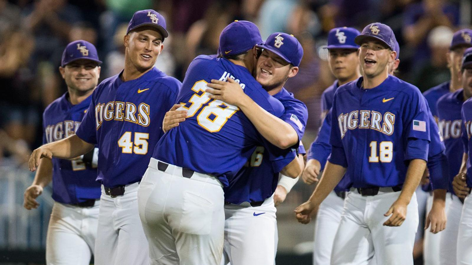 LSU tops Florida State to stay in CWS