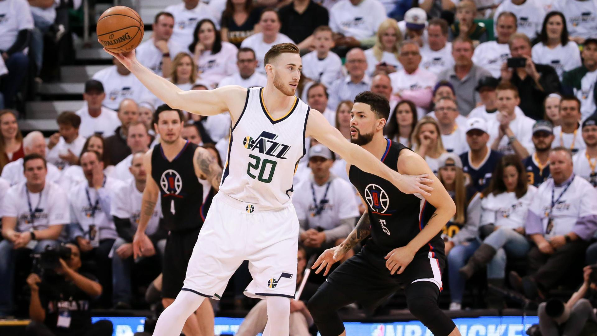 Hayward does it all for Jazz
