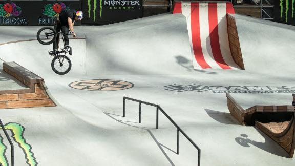 Garrett Reynolds wins BMX Street gold