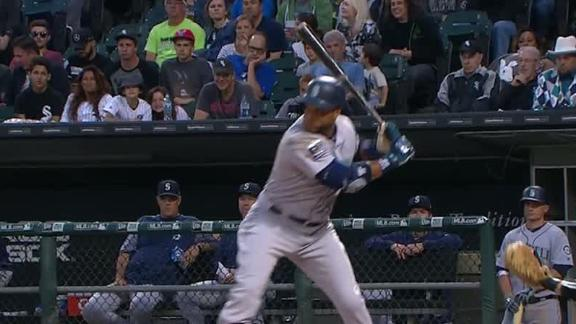Cano belts a three-run homer