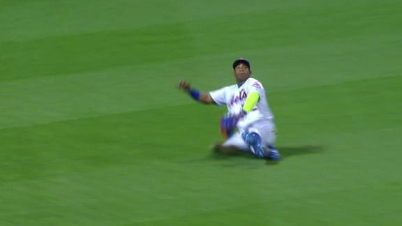 Cespedes leaves game after trying to make sliding catch