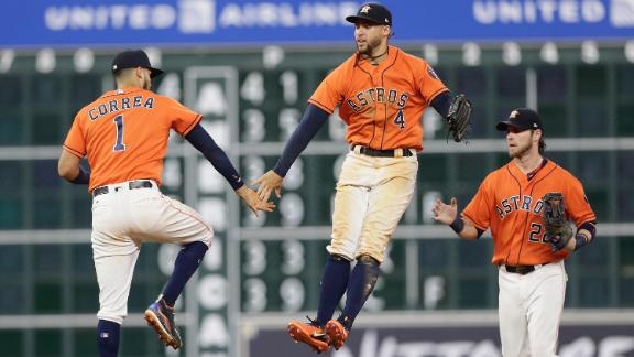 Astros double up Twins