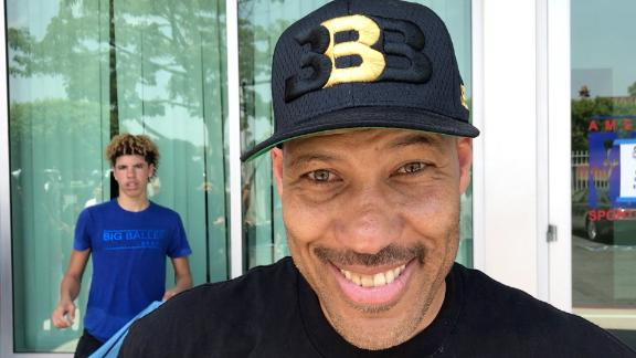 LaVar says Lonzo can use any shoe he wants