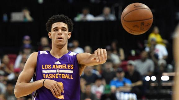 Lonzo put on a show in summer league