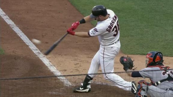 Grossman's double adds to the Twins' lead
