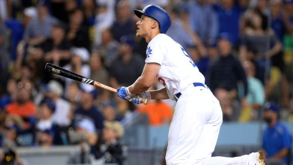 Seager homers twice in Dodgers' victory